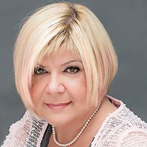 Claudine Campeau, Directrice générale, Fonds d'aide de l'Ouest-de-l'Île West Island Assistance Fund :: We2Network.com® Member