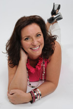 "Glynis E. Devine  ::  ""Chief Juicer""  ::  Find Your Why"
