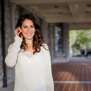 Carina  Groombridge , , Life coach for moms    We2Network.com® Member